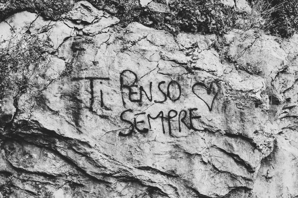 tipensosempre_italian_sign_graffiti